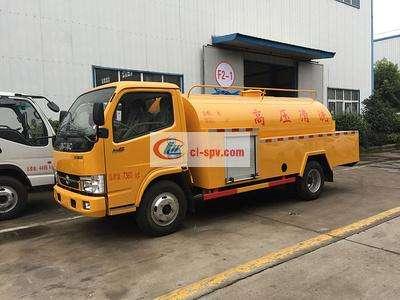 东风小多利卡5吨高压清洗车图片