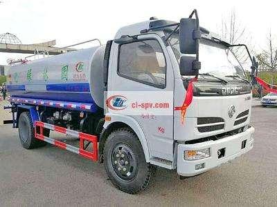 东风福瑞卡云内130马力8吨绿化洒水车图片