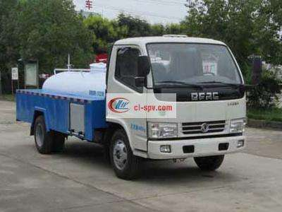 Dongfeng 5 tons cleaning truck