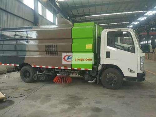 Picture of Jiangling Kairui 10 Ton Sweeping Truck