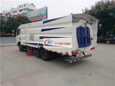 多利卡8吨洗扫车图片