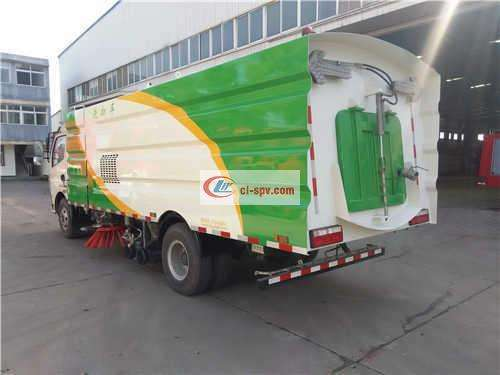 Дунфэн 8 Ton Sweeping Truck Picture
