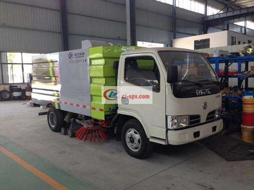 National Five Dongfeng Small Dolica 5 Party Washing and Sweeping Truck Picture