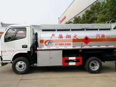 东风小多利卡5吨加油车图片