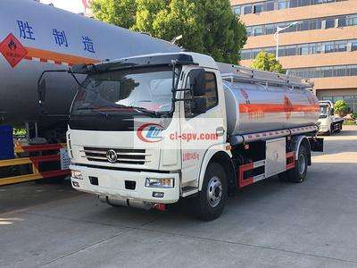 东风多利卡8吨加油车图片