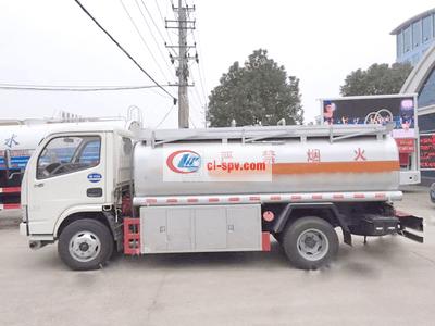 东风多利卡5吨油罐车图片