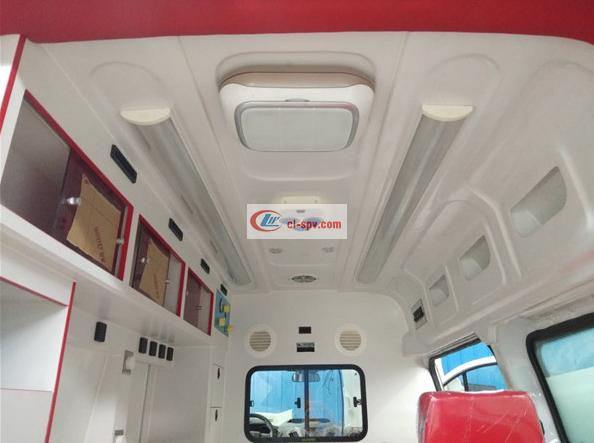 福特V362中轴救护车图片 (18)