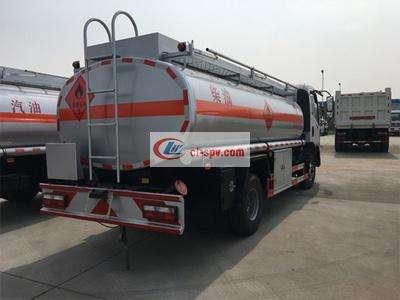 东风御虎8吨加油车图片