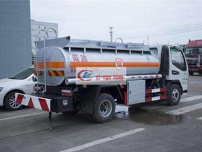 江淮骏铃5吨油罐车图片