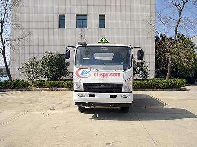 陕汽轩德8方6吨油罐车图片
