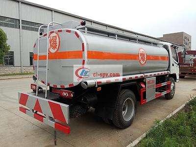江淮6吨油罐车图片