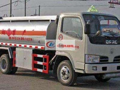 福瑞卡加油车图片