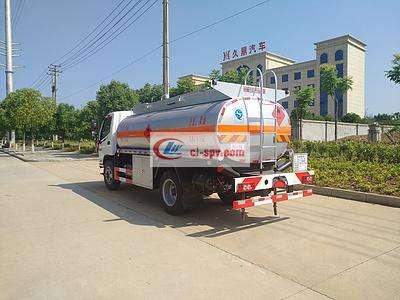 福田奥铃8吨油罐车图片