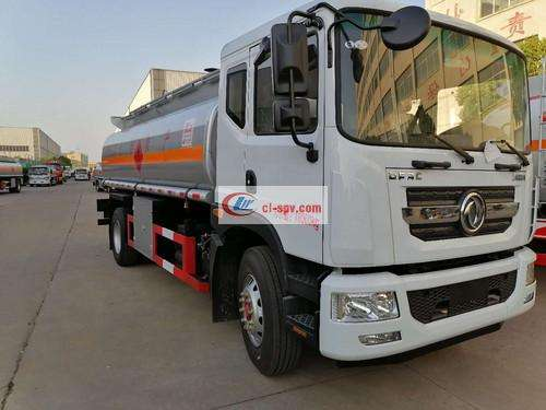 """Picture of Dongfeng D9 """"12 Ton Tank Truck"""""""