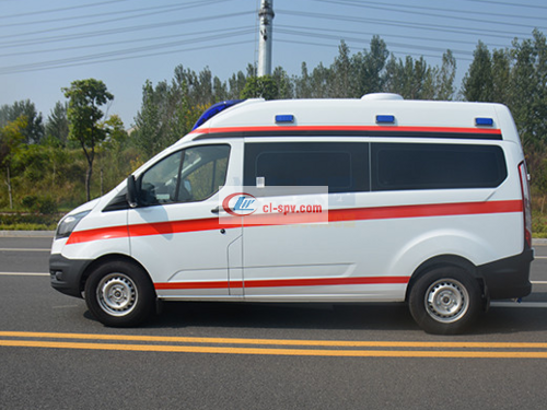 Ford new generation short axle ambulance pictures