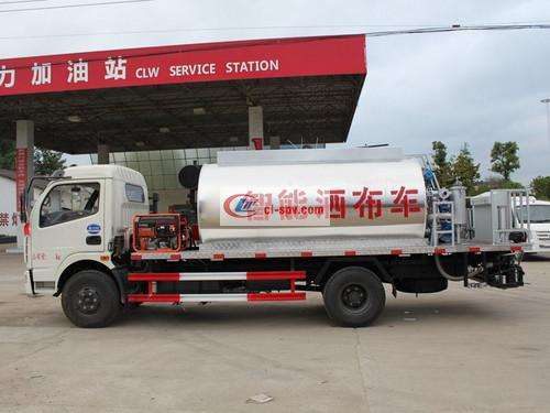 Dongfeng 6 cubic asphalt distributor truck pictures