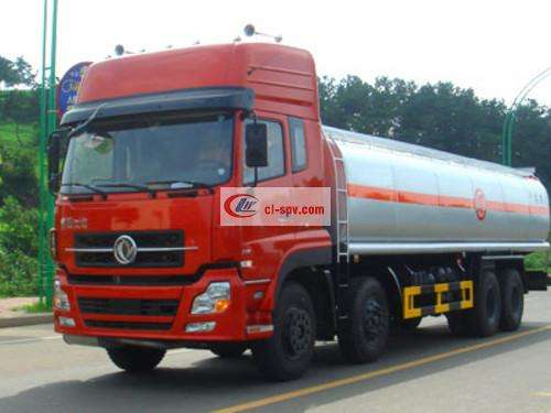 Dongfeng Tianlong first four and eight chemical liquid transport truck pictures