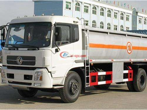 Dongfeng Tianjin Chemical Liquid Transporter Picture
