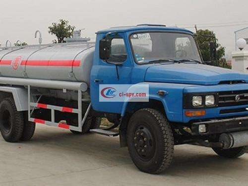 Dongfeng Pointed Chemical Liquid Transporter Picture