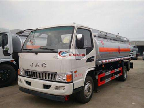 Picture of JAC Junling 6 Ton Refueling Truck