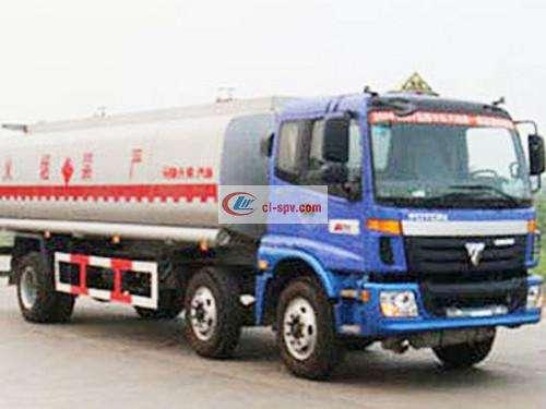 Foton Auman Small Three Axle Chemical Liquid Transporter Picture