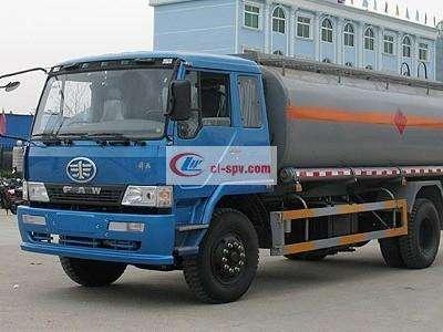 解放单桥化工液体运输车图片
