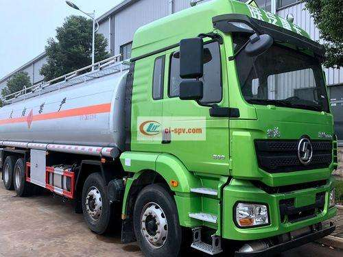 Shaanxi Automobile Delong M3000 front four rear eight 20-ton fuel tank truck pictures