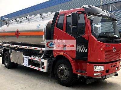 解放单桥12吨14吨油罐车图片