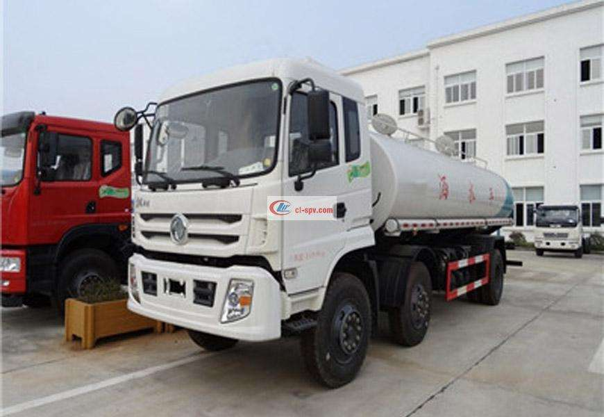 Dongfeng small three-axis 20 ton sprinkler