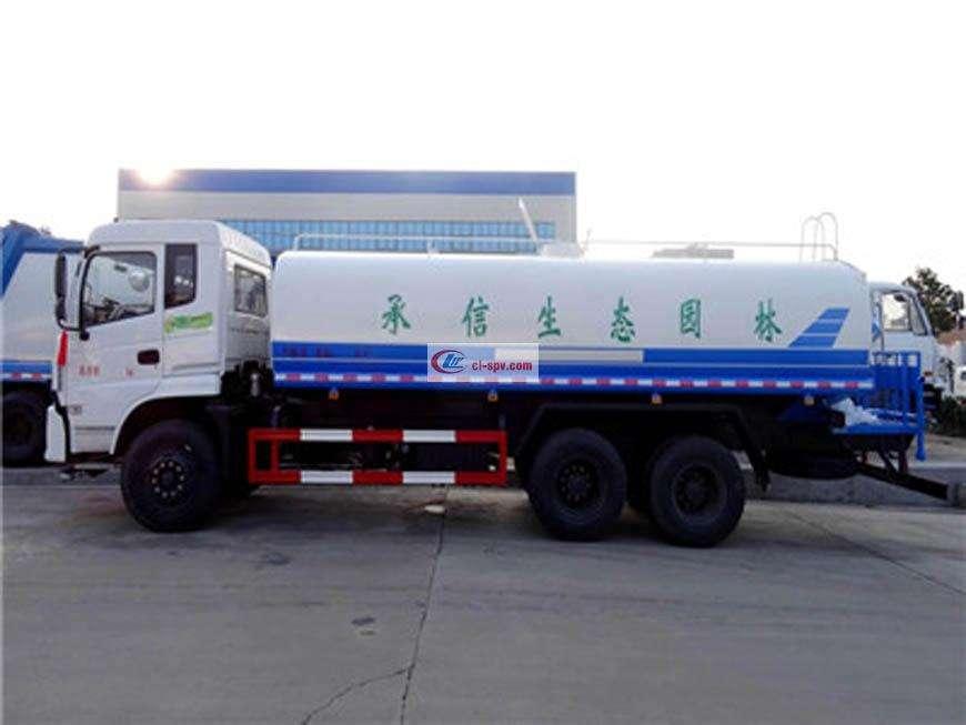 Dongfeng 18吨洒水车