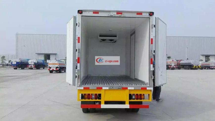 程力威CLW5040XLCQ5冷藏车