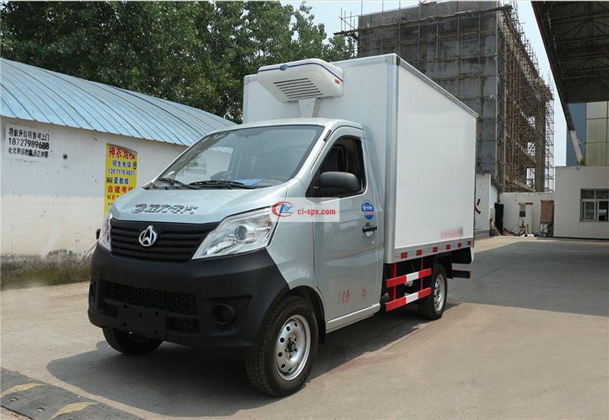 程力威CLW5020XLC5冷藏车