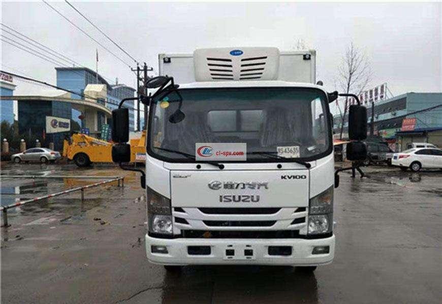 国六五十铃KV100冷藏车