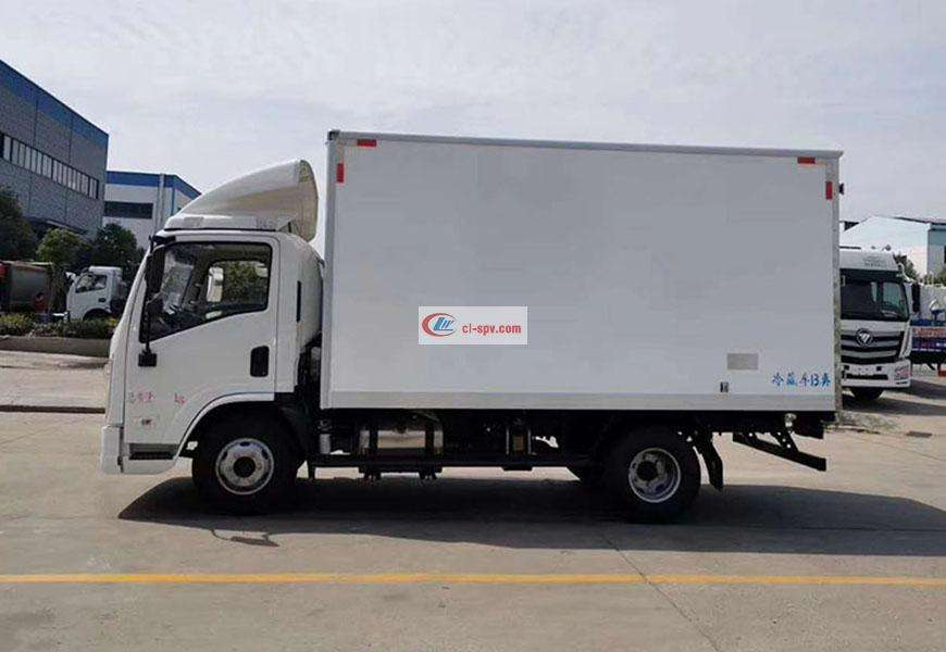 陕汽德龙K3000冷藏车图片