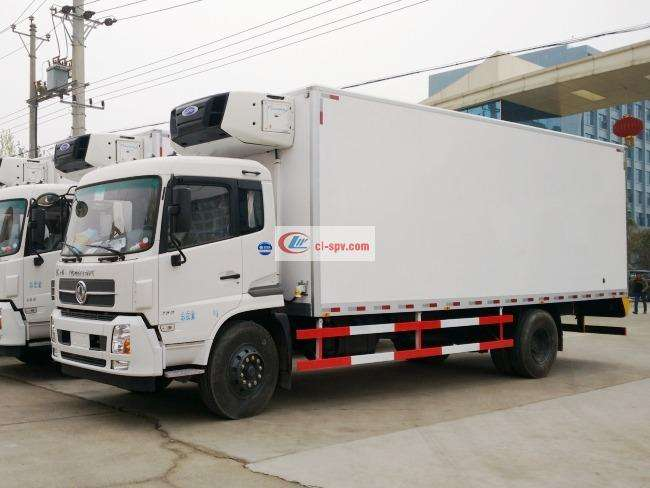 东风天锦7.4米/7.8米冷藏车(DFH5160XLCBX2DV)