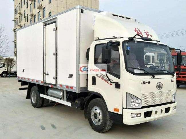 解放J6冷藏车CA5086XLCP40K2L3E5A84